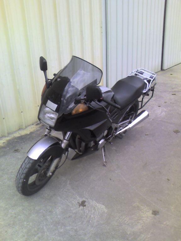 Votre moto avant la MT-09 Normal_fj~0